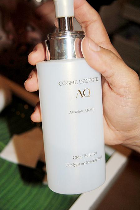 COSME DECORTE Clear Solution